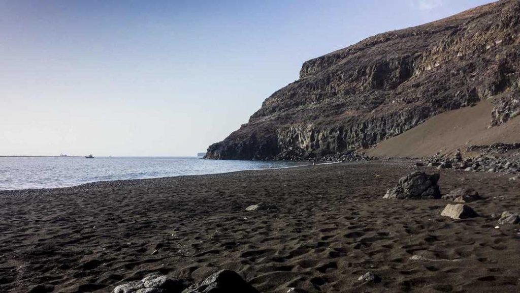 Playa Quemada e la sua sabbia nera