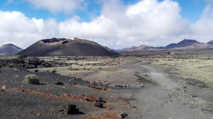 Volcan El Cuervo Lanzarote trekking