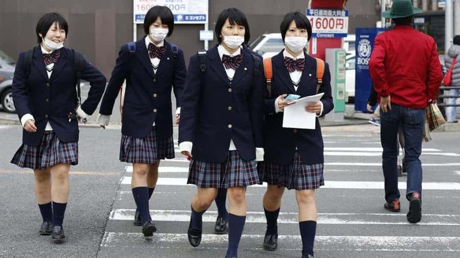 Giappone soffiarsi il naso