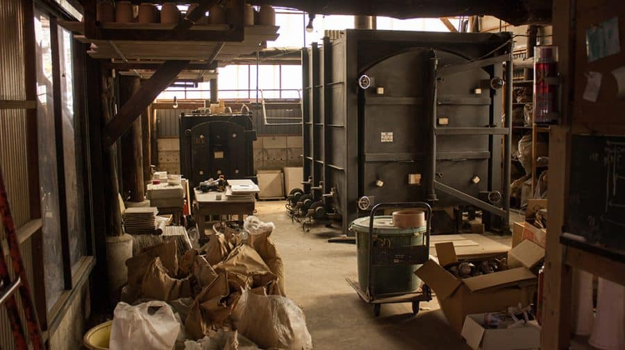 un forno per la ceramica moderno a Mashiko