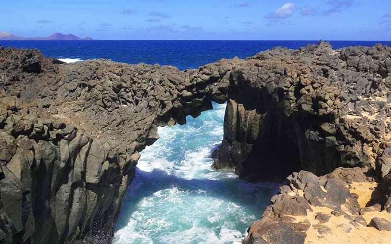 Los Arcos, spettacolo della natura a La Graciosa, Canarie